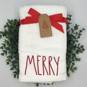 New Rae Dunn MERRY Set of 2 Hand Towels